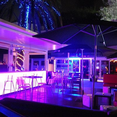 La terrasse du Nirvana Lounge Club