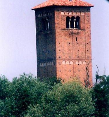 Il campanile di San Lanfranco.