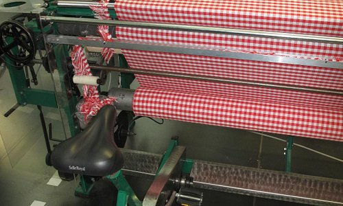 Bicycle powered loom in TextielLab