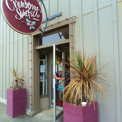 Entrance to the Bandon Cranberry Sweets