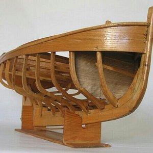 de nombreuses maquettes en exposition et des objets remontés de l 'epave de l 'Alcide naufragée