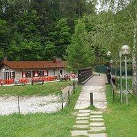 Bar- Ristoro La Casera visto dal parco giochi