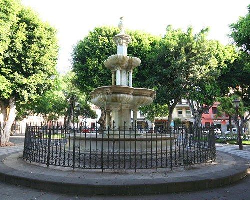 Un lugar tranquilo frente al ayuntamiento
