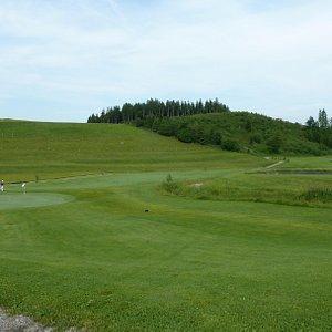 Endlich mal eine ebene Golfbahn -:)