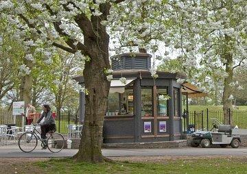 The refreshment kiosk