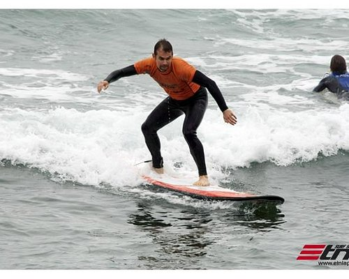Surf Lessons in Lima -Perú