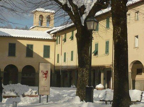 Il Monastero delle Suore Domenicane nell'inverno 2010