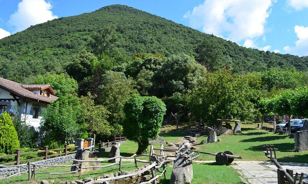 Entorno de Santimamiñe, en la loma de San Miguel