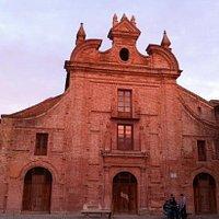 Museo de Cerámica Ruiz de Luna (Liceo de San Agustín) Talavera de la Reina, España
