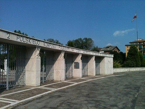 Cimitero Militare polacco di Bologna