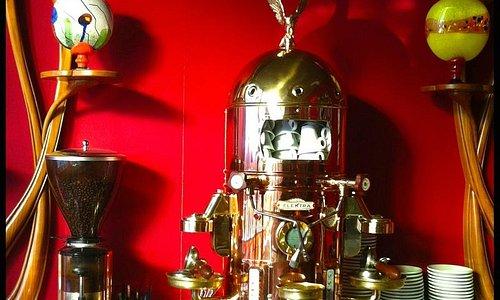 Cafetera del Café de Lis - Museo Art Nouveau y Art Déco