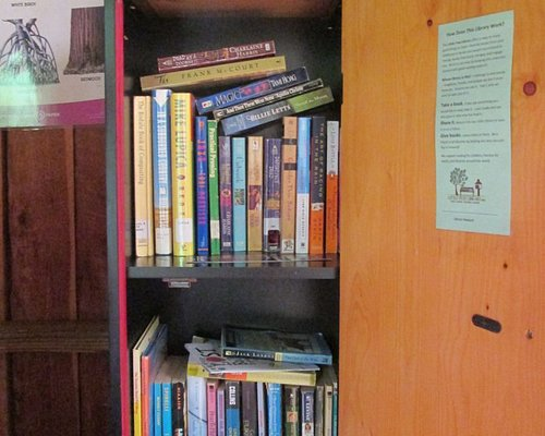 Little Free Library #7669 in the bird observation cabin at Jeffers Bend