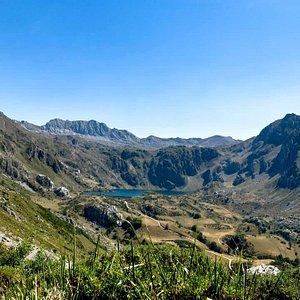 Fantastic valleys