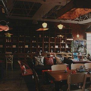 the Café - Restaurant