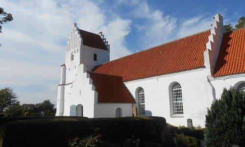 Besser Kirke exterior