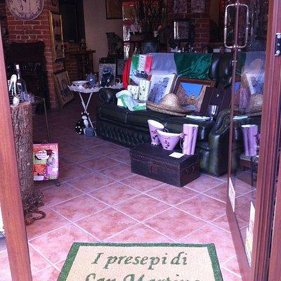 il negozio: l'entrata