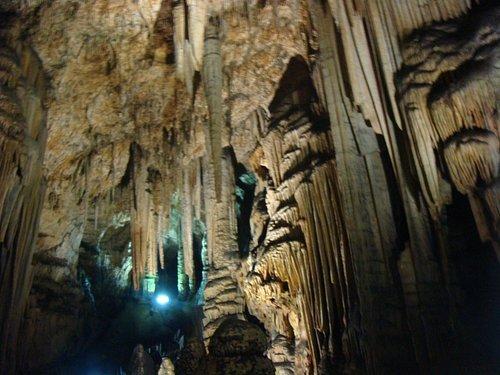 Interno delle grotte