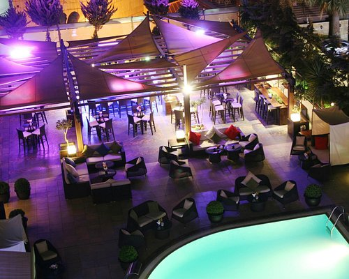 H2O-The coolest lounge in Amman