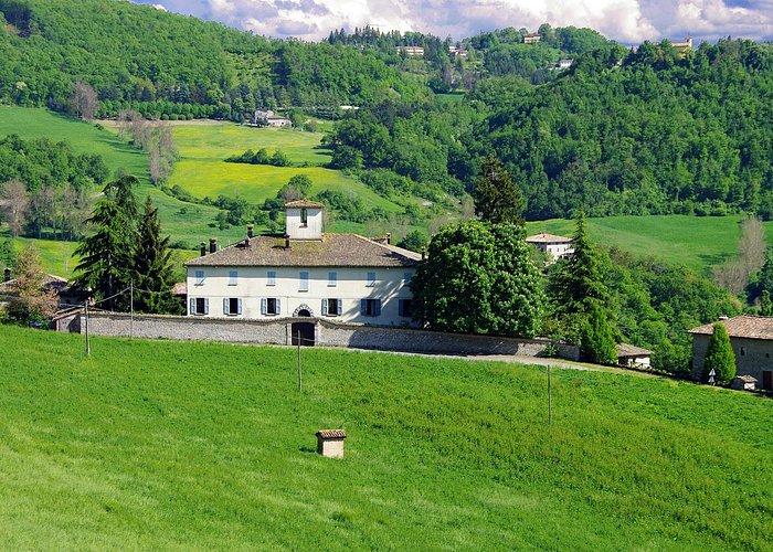 Villa gentilizia a corte murata del XVII secolo