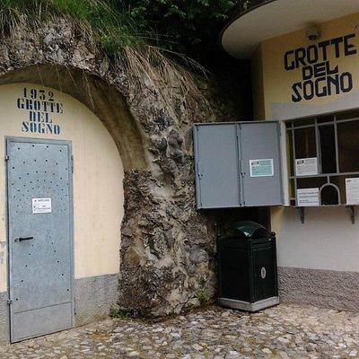 Biglietteria e uscita delle grotte