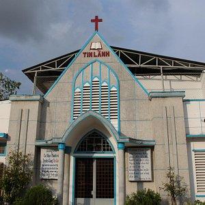 Tin Lanh Baptist Church in Mau Than Street