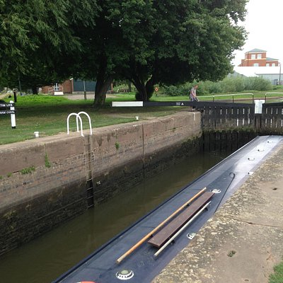 First lock leading to the main basin