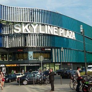 Skyline Plaza Eingang  Europa Allee