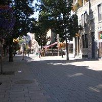 Rue Prince Arthur