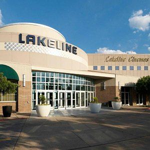 Welcome to Lakeline Mall in Cedar Park, Texas!
