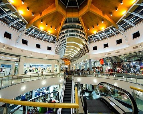 Shopping del Sol.