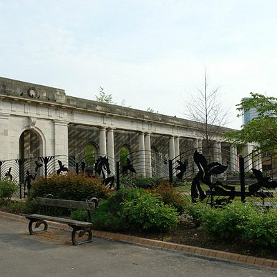 These arches were once opposite the registry office on Broad Street ( Centenary Square )