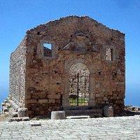 S. Marco d'Alunzio - tempio d'Ercole