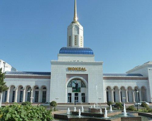 Der Bahnhof von Ashgabad