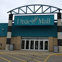 Dixie Outlet Mall Entrance