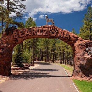 Bearizona Entrance Arch