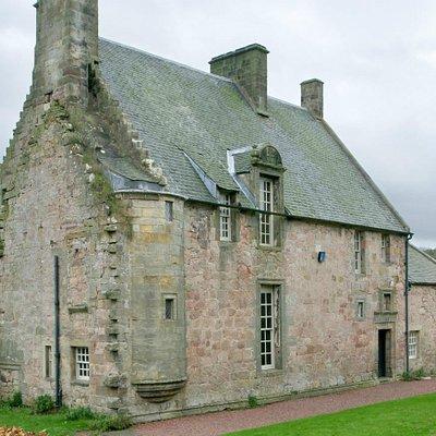 Rosslyn Castle Building