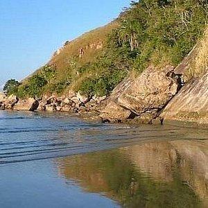 Praia de Barequeçaba - Foto tirada às 7 da manhã, no verão.