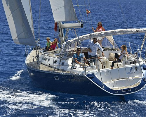 The exclusive sailing vessel