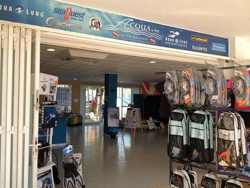 our Dive Center in Calas de Mallorca... Nuestro Centro de Buceo en Calas de Mallorca