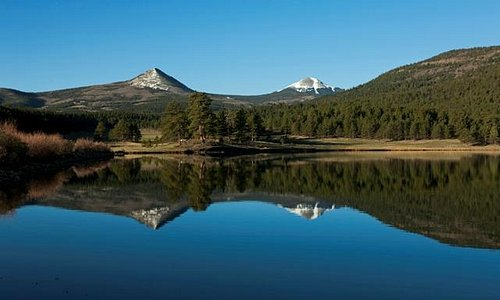 Munn Lake featuring Ash & Little Costilla Mtns
