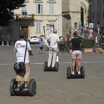 Tour sulle strade di Assisi