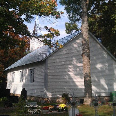 Back of the chapel from the graveyard