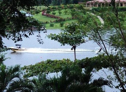 Atractivos lagos de agua dulce !
