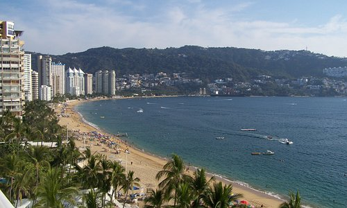 Playa Icacos, Av. Costera M.Aleman, Acapulco