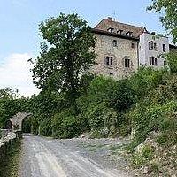 Anfahrt mit Burg