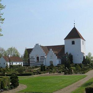 Søndersø Kirke set fra nordvest