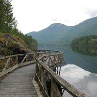 Boardwalk on the Inland Lake trail.