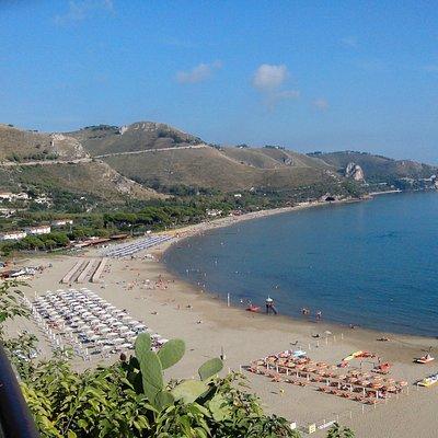 """spiaggia del litorale""""la riviera di Ulisse"""""""