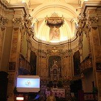interno chiesa vecchia