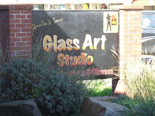 JENNIFER SEARS GLASS STUDIO
